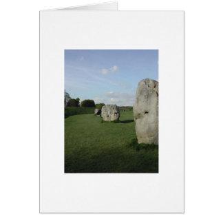 古代石造りの円。 Avebury、ウィルトシャー、イギリス カード