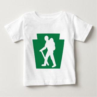 台形ハイカー(男性) -幼児Tシャツ ベビーTシャツ