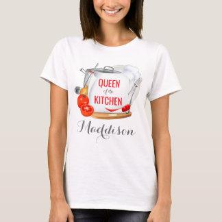 台所グルメの名前入りなTシャツの女王 Tシャツ