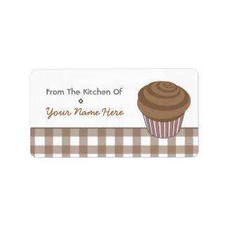 台所ラベル-チョコレートカップケーキおよびギンガム ラベル