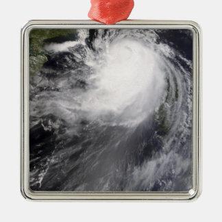 台風のNuriの接近の中国 メタルオーナメント