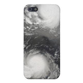 台風Saomaiおよび熱帯嵐Bopha iPhone 5 カバー