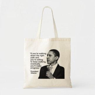 右の道に続くことのオバマ大統領 トートバッグ