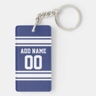 名前および数を用いる青および白いストライプ キーホルダー