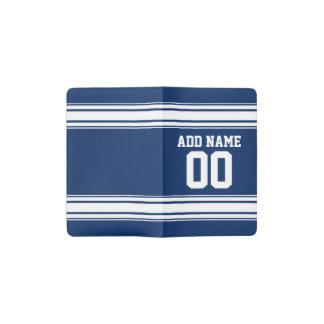 名前および数を用いる青および白のストライプ ポケットMoleskineノートブック