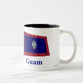 名前のグアムの振る旗 ツートーンマグカップ