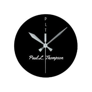 名前のシンプルで黒い柱時計 ラウンド壁時計
