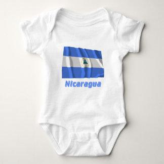 名前のニカラグアの振る旗 ベビーボディスーツ