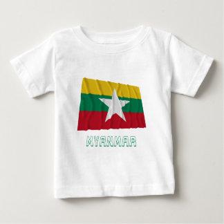 名前のミャンマーの振る旗 ベビーTシャツ