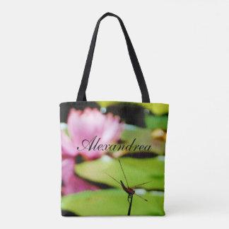 名前の紫色の花のピンクの《植物》スイレンのトンボ トートバッグ