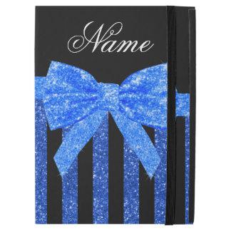 """名前をカスタムするの黒くおよび青のグリッターのストライブ柄の弓 iPad PRO 12.9"""" ケース"""