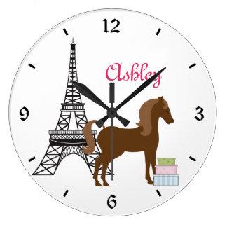 名前入りかわいらしい子馬のパリの馬の時計 ラージ壁時計