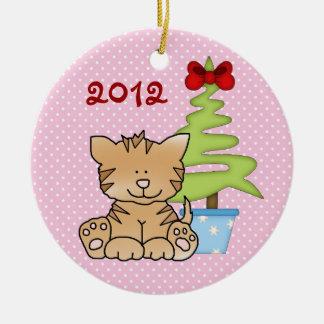 名前入りでかわいいクリスマス猫のオーナメント セラミックオーナメント