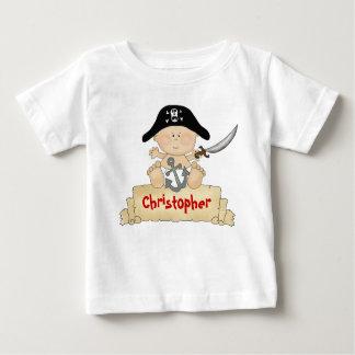名前入りでかわいいベビーの海賊男の子 ベビーTシャツ