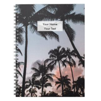 名前入りでリラックスさせるな熱帯ヤシの木の日没 ノートブック