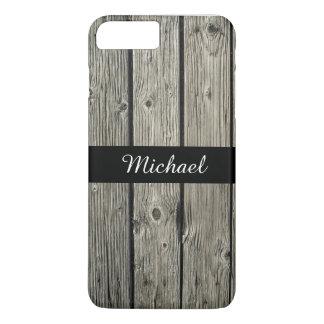 名前入りで古く素朴な風化させた納屋の木製の一見 iPhone 8 PLUS/7 PLUSケース