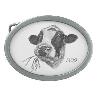 名前入りで幸せなホルスタインの乳牛 卵形バックル