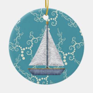 名前入りで航海のなヨットおよび渦巻く水 セラミックオーナメント