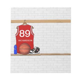 名前入りで赤いバスケットボールジャージー(赤い) ノートパッド