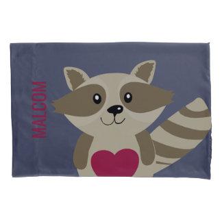 名前入りなかわいい子供のアライグマの森林動物 枕カバー