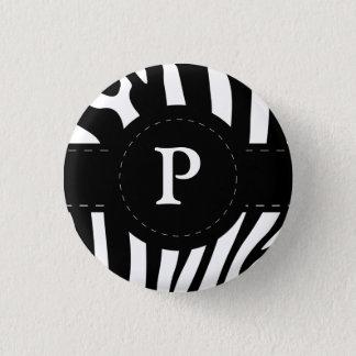 名前入りなイニシャルPのシマウマはボタン、ピンを縞で飾ります 3.2CM 丸型バッジ