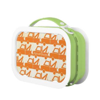 名前入りなオレンジモダンなレッカー車 ランチボックス