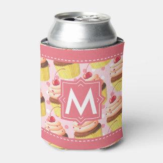 名前入りなカップケーキの誕生会のピンクのモノグラム 缶クーラー