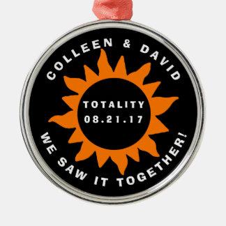 名前入りなカップルの全体の日食 メタルオーナメント