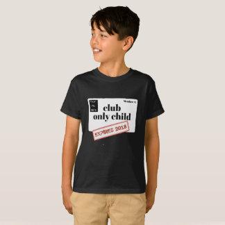 名前入りなクラブ切れている一人っ子 Tシャツ