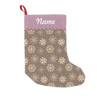 名前入りなクリスマスのジンジャーブレッドの雪片 スモールクリスマスストッキング