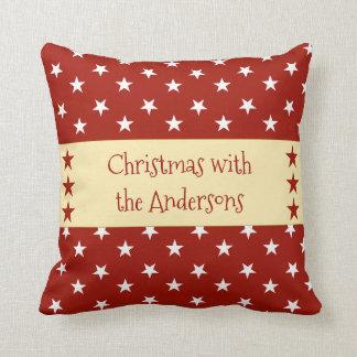 名前入りなクリスマスは赤を主演します クッション
