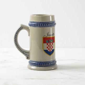 名前入りなクロアチアの旗 ビールジョッキ