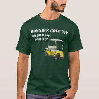名前入りなゴルフ先端のゴルファーの緑のTシャツ Tシャツ