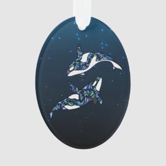 名前入りなシャチのクジラのカップルのクリスマスの休日 オーナメント