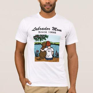 名前入りなチョコレートラブラドールおよびお母さん3 Tシャツ