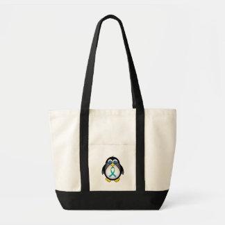 名前入りなティール(緑がかった色)のリボンのペンギンのトートのギフト トートバッグ