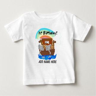 名前入りなノアの箱舟の第1誕生日のTシャツ ベビーTシャツ