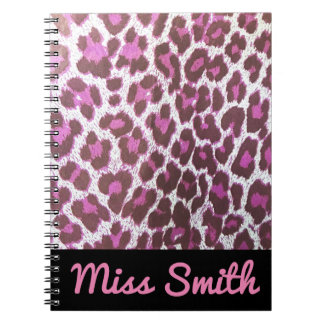 名前入りなノート一流のピンクのヒョウのプリント ノートブック