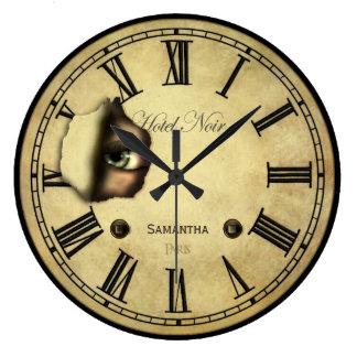 名前入りなパリの気色悪いホテル ラージ壁時計