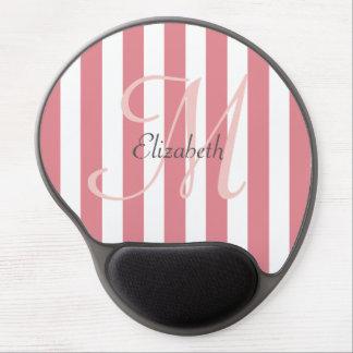 名前入りなピンクそして白くストライプのなモノグラム ジェルマウスパッド