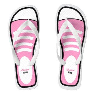 名前入りなピンクのスニーカー ビーチサンダル