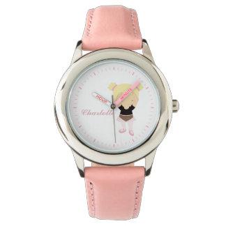 名前入りなピンクの小さいバレエダンサー{ブロンド} 腕時計
