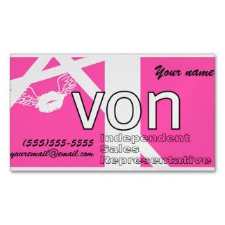 名前入りなピンクのAvon マグネット名刺