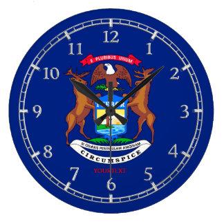 名前入りなミシガン州の旗のデザイン ラージ壁時計