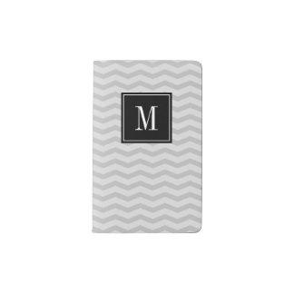 名前入りなモノグラムのシェブロンのmoleskineのノート ポケットMoleskineノートブック