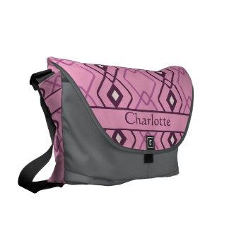 名前入りなレトロのピンクのダイヤモンドの鎖のデザイン メッセンジャーバッグ