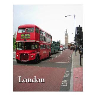 名前入りなロンドンの二階建てバス フォトプリント