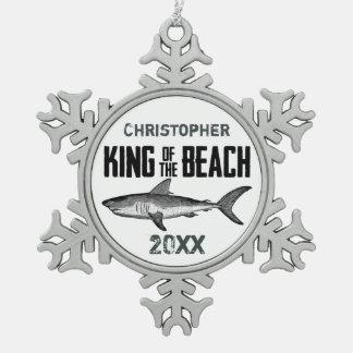 名前入りなヴィンテージの鮫のビーチ王Holiday スノーフレークピューターオーナメント