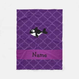 名前入りな一流のクジラの紫色のモトッコ人 フリースブランケット