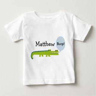 名前入りな乳児のわにTシャツ ベビーTシャツ